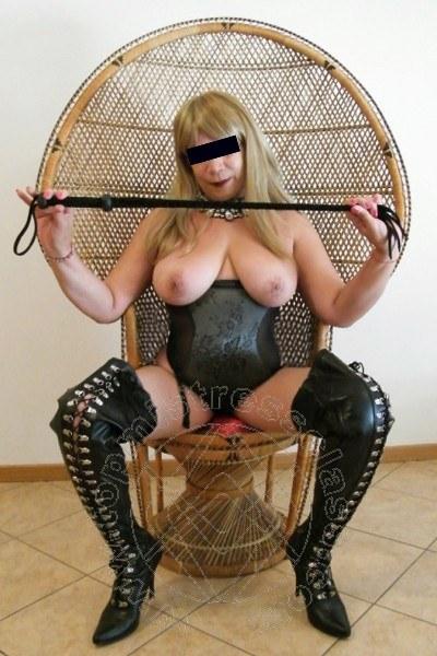 Mistress Trento Padrona Chanell