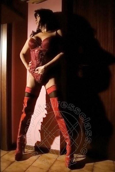 Mistress Trento Padrona Anna