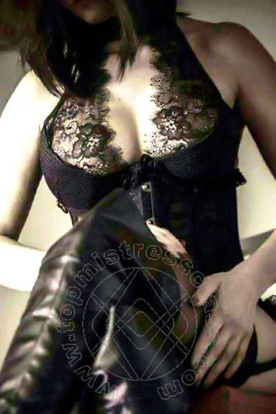 Mistress Firenze Madame Jacqueline Domina