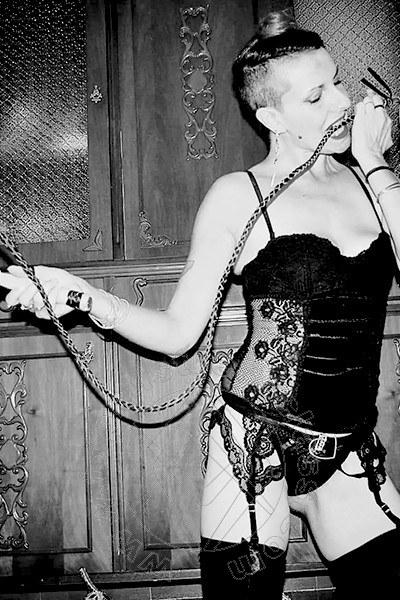 Mistress Ingenbohl Chiara La Signora
